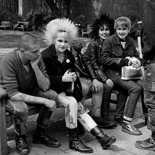 1564684856525-Punks-Kings-Road-1979cJanette-Beckman